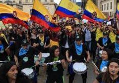 El Mayo colombiano, y las noticias sobre el futuro. Por Daniel Campione