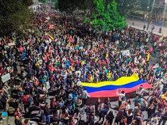 """Colombia: La rebelión social y el """"movimiento real"""" de la clase trabajadora. Por Jairo Estrada Álvarez"""