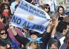 Pocos ganadores y muchos perdedores ante el nuevo acuerdo de Macri con el FMI